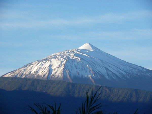 Fresh Snow on the Teide after the storm