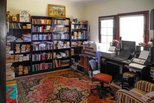 Larg office with shelves