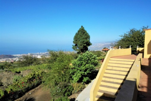 Large property with 2 houses surrounded by nature in Valle La Orotava