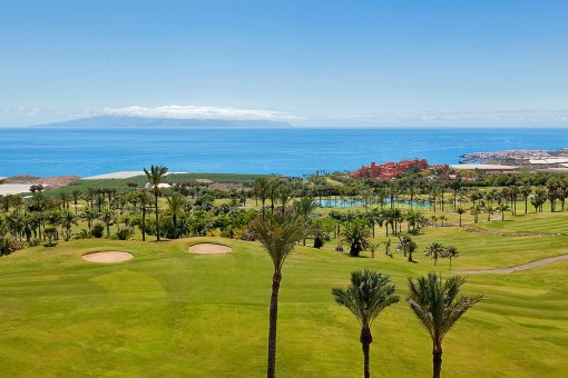 Building plots at the golf course in Tenerife South