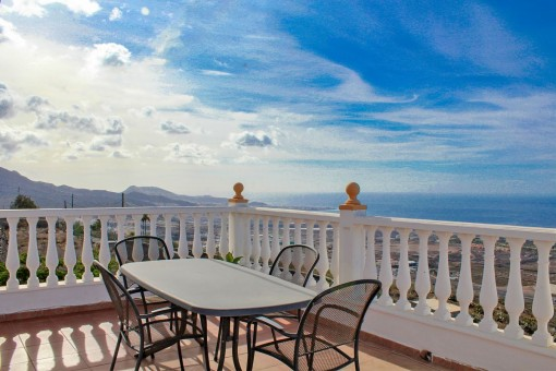 Beautiful house with stunning seaviews in Adeje