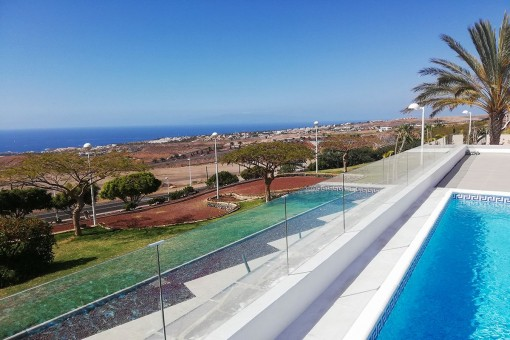 Beautiful villa with sea views in Adeje, SouthTenerife