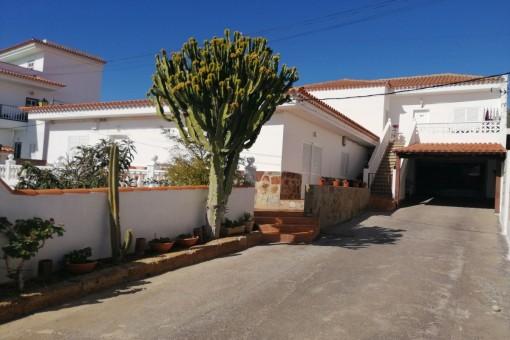 house in Arona Este