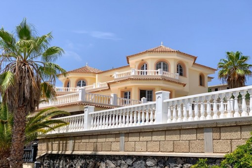 Impressive Villa with sea views in Los Menores, Adeje