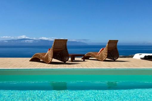 Splendid pool views