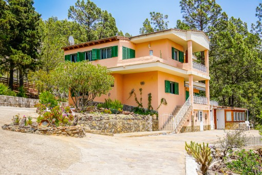Beautiful house in a quiet location with astronomical observatory in Vilaflor