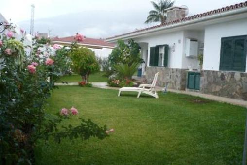 Villa with garden in a quiet residential area of La Orotava