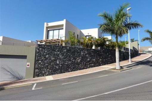villa in Playa de las Américas for sale