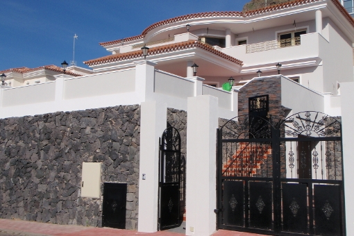 villa in Torviscas Alto
