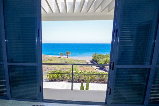Fantastic sea views from the first floor