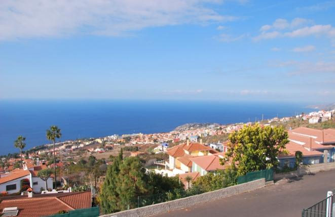 Views of Santa Úrsula and the Atlantic