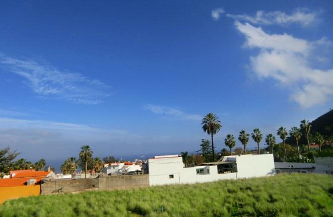 Views of Puerto de la Cruz and the Atlantic Ocean