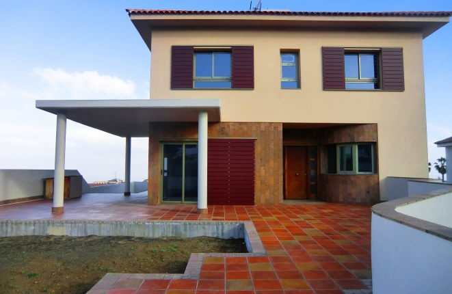 NEW CONSTRUCTION: Unique villa in Puerto de la Cruz with Teide and sea views as well as a private lift