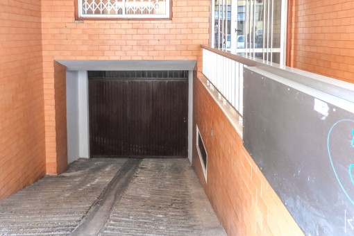 Access to the garage